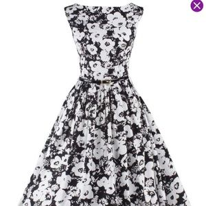 NWT Zilcremo Black/White A-Line Dress, Size M